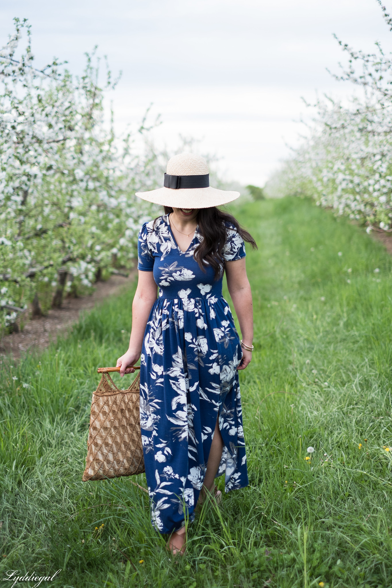 Blue and white floral maxi dress, straw sun hat, macrame bag, apple orchards-27.jpg
