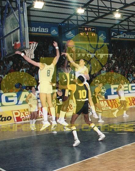 Un equipo de Archivo: Cajacanarias-Real Madrid (Temporada 1986-87)