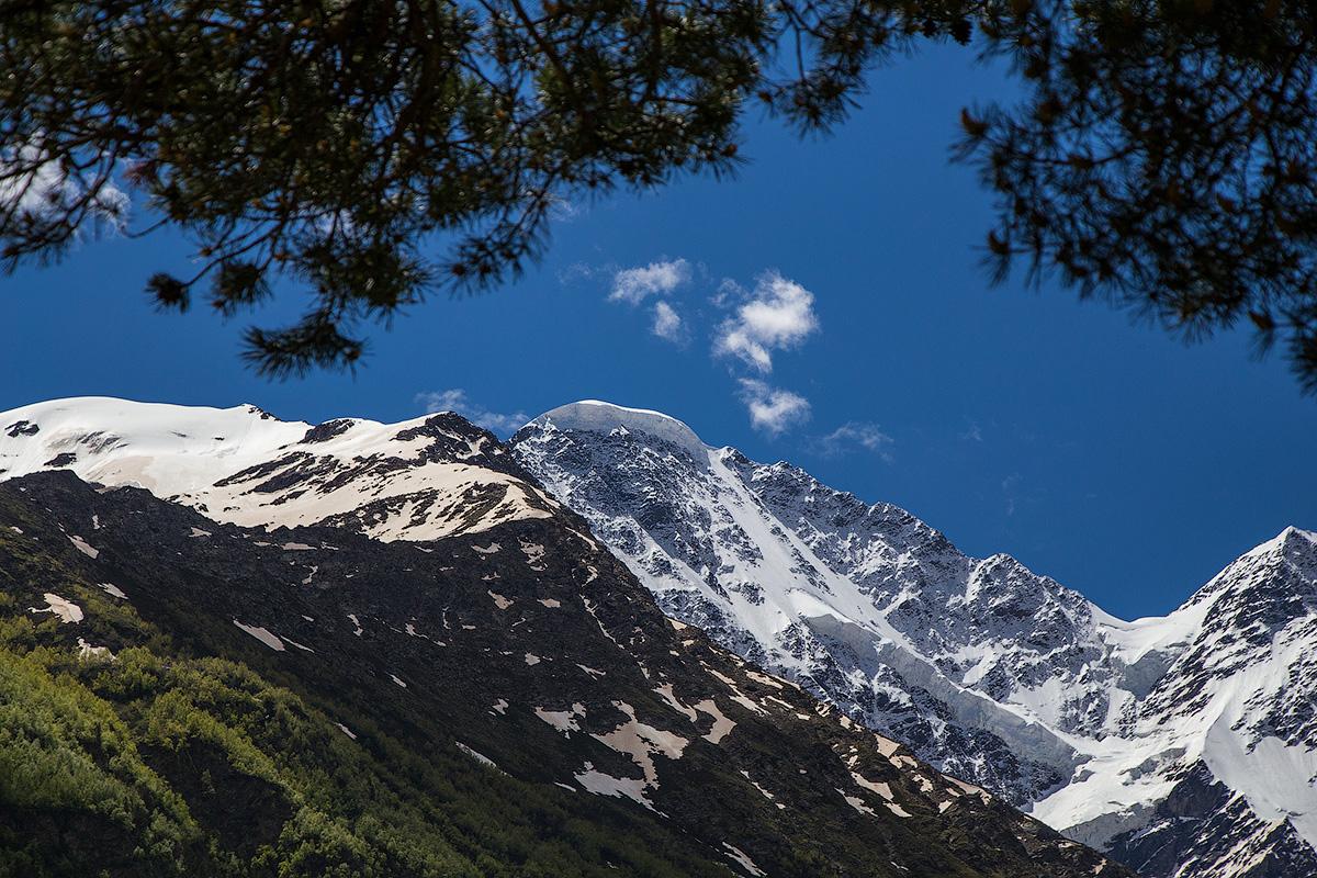 Мини-отпуск в Приэльбрусье. очень, просто, наверху, ехать, Очень, Баксанской, всеми, настоящая, воздухом, горным, прохладным, грудью, полной, дышится, долины, лесах, ближайшее, сосновых, пятитысячников, четырехтысячников