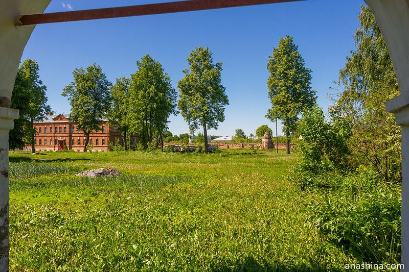 Ризположенский монастырь, Суздаль