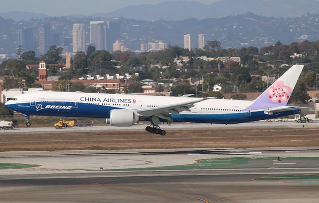 Boeing 777 B-18007 Los Angeles 15/10/17, Canon EOS 760D, Tamron 16-300mm f/3.5-6.3 Di II VC PZD Macro