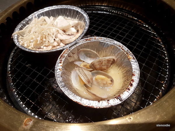 Clams in Sake