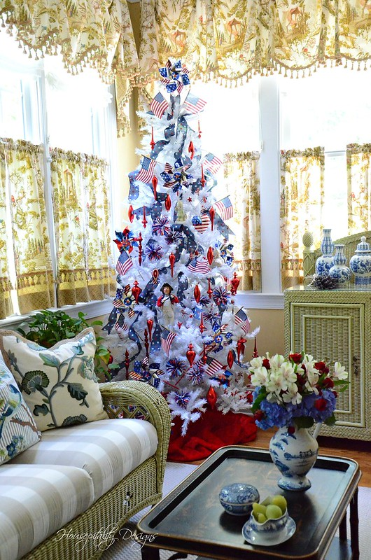 Patriotic Tree-Housepitality Designs-7