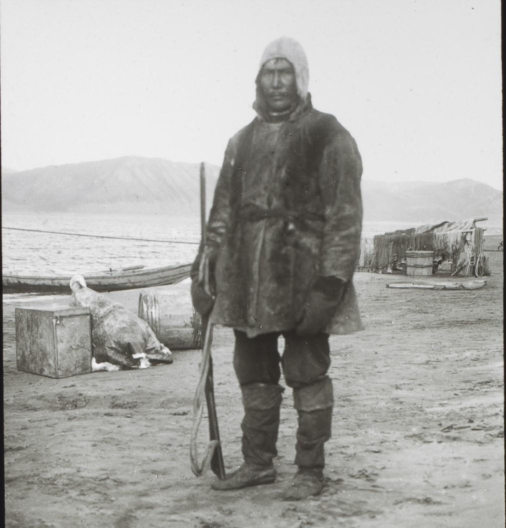 Якутская область.  Якут, 40 лет. Переводчик с тунгусского, Нижняя Лена