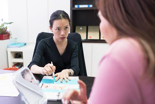 La Clinic: Consultation with Dr Rachel