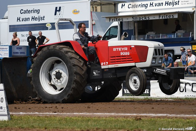 Stroe 9/6/2018 2.5t sport farmstock