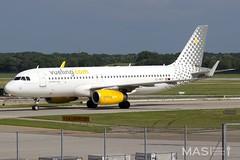 Vueling A320-200 EC-MES @ MUC