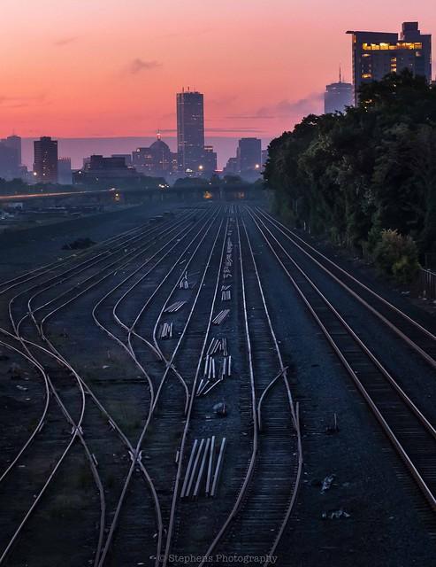 Steel tracks and sunrise, Fujifilm X-T2, XF16-55mmF2.8 R LM WR
