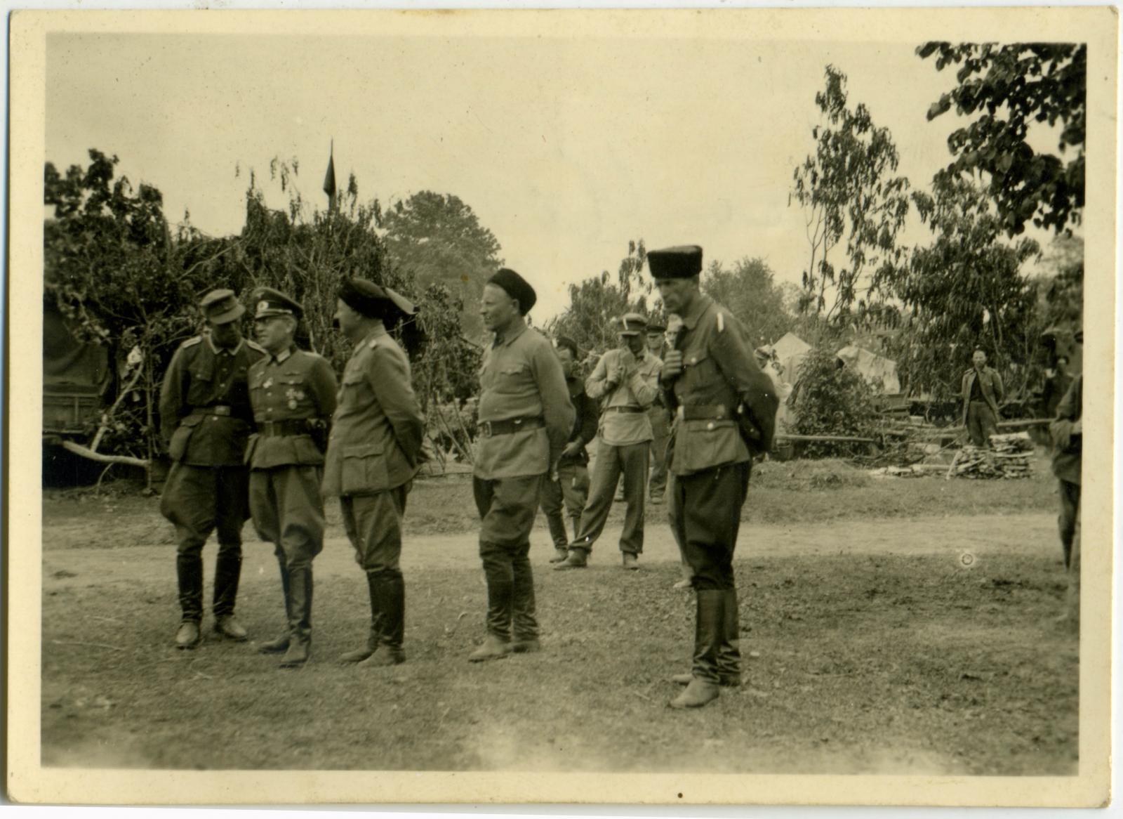 Казачий стан. Район Барановичи — Слоним. 1944