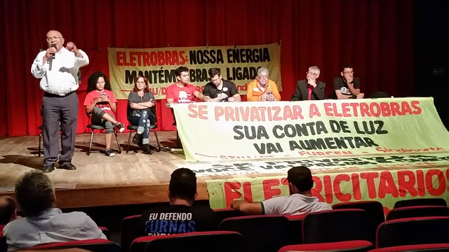 Evento em Brasília nesta quarta (6) reuniu diferentes líderes populares para debater defesa da Eletrobras  - Créditos: Foto: Divulgação/CTB