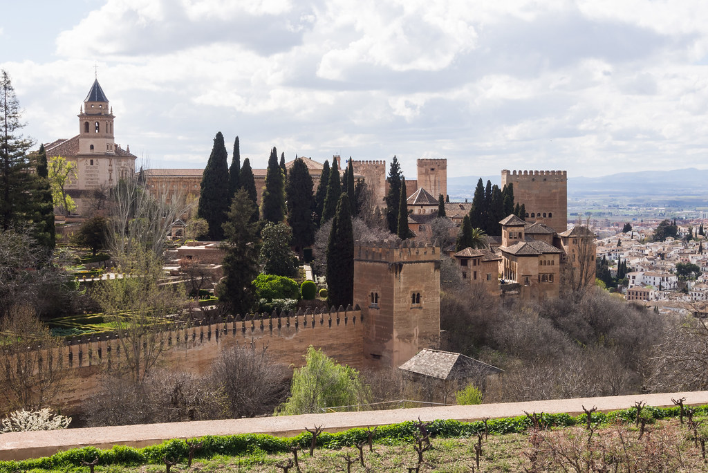 Granada Hotels Near Alhambra