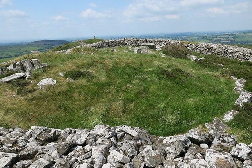 Coolinarrig Passage Tombs Summit of Baltinglass Hill.