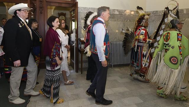 Alberta apologizes to Sixties Scoop survivors