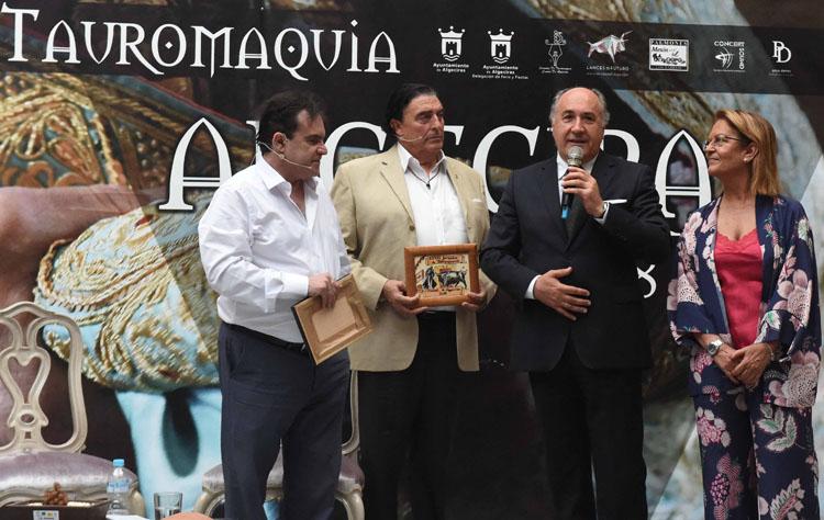 CLAUSURA DE LAS XXXIII JORNADAS DE TAUROMAQUIA CIUDAD DE ALGECIRAS3