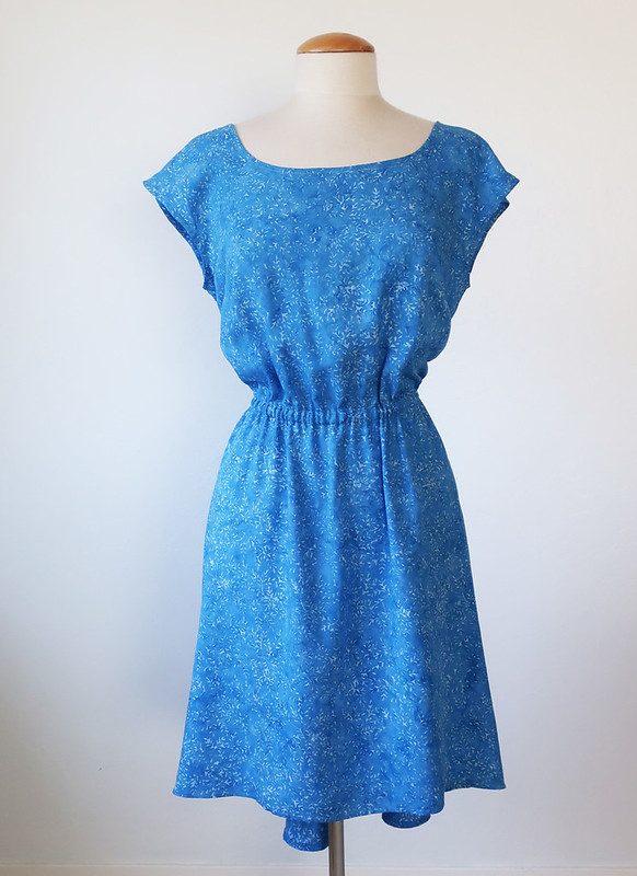 Blue rayon front on form