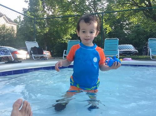 Ezra (23 months) in pool