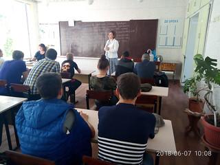 Профорієнтаційна-робота-в-Красноградському-багатопрофільному-ліцеї