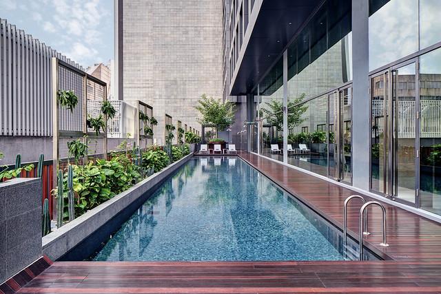 YOTEL - Pool