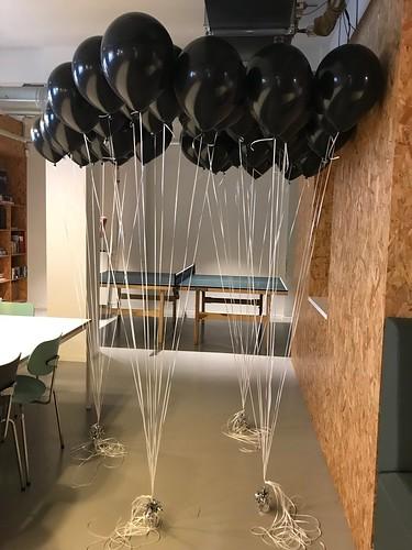 Tafeldecoratie 10ballonnen Gronddecoratie Spaces Rode Olifant Den Haag