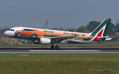 AZA_A320_EIDSW_RenegadeJeep_BRU_MAY18