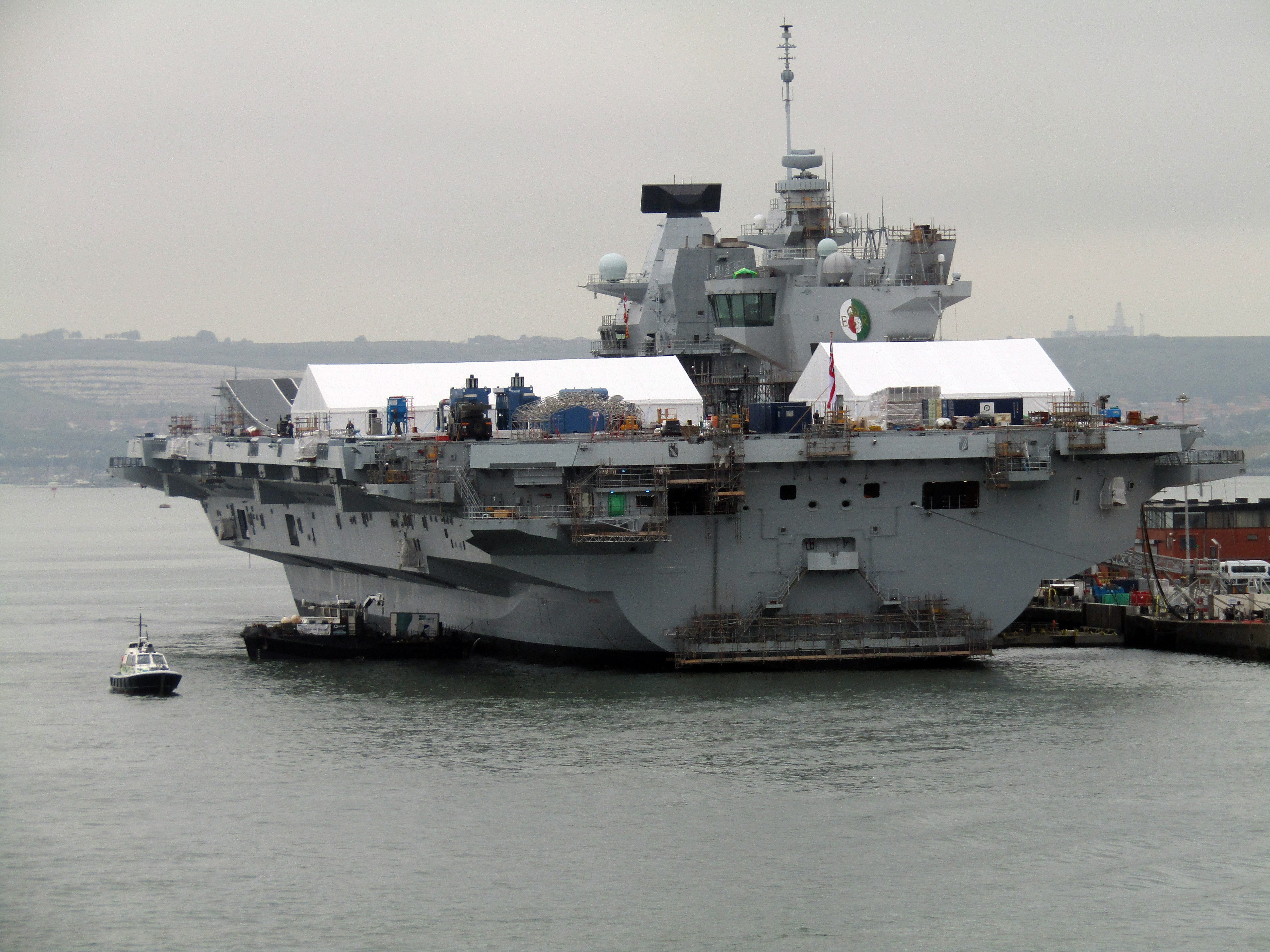 Aircraft Carrier (HMS Queen Elizabeth & HMS Prince of Wales) - Page 25 42405973202_74f76fc956_o