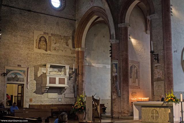 Chiesa di San Francesco (e tomba di Alighieri)