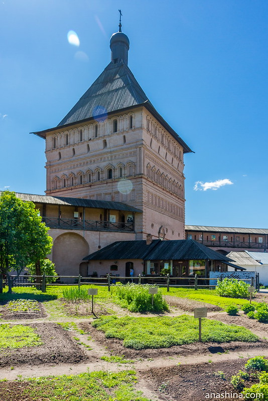 """Проездная башня и """"Блинная"""", Спасо-Евфимиев монастырь, Суздаль"""