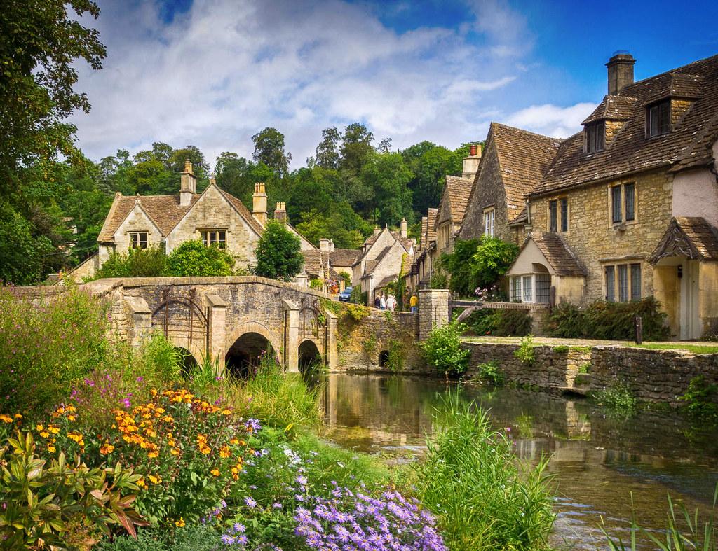 Castle Combe, Wiltshire. Credit Bob Radlinski, flickr