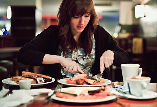 Makanan Yang Harus Dihindari Saat Mengalami Gondongan