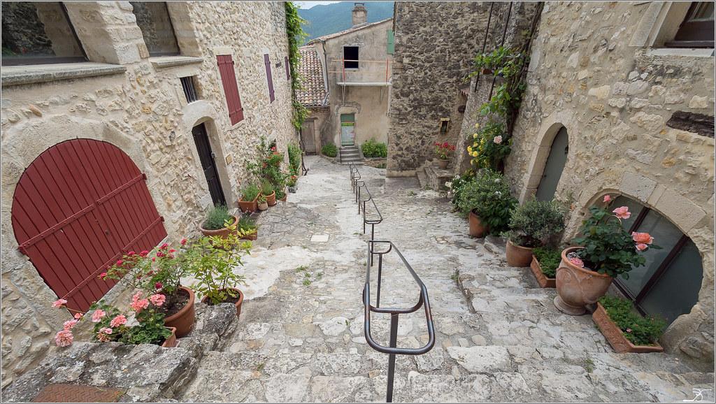 Drôme pittoresque  40826778710_f3d77908fb_b