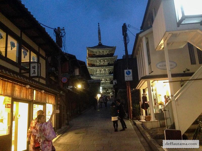 Babymoon ke Jepang - Kiyomizu-zaka Street
