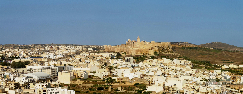 0512. Pano, Ciudadela de Victoria desde Xaghra, Gozo