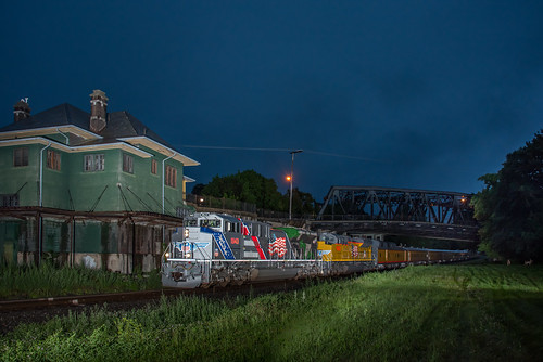 diesel newjersey night heritageunit station norfolksouthern unionpacific nj ns up uprr phillipsburg unitedstates us