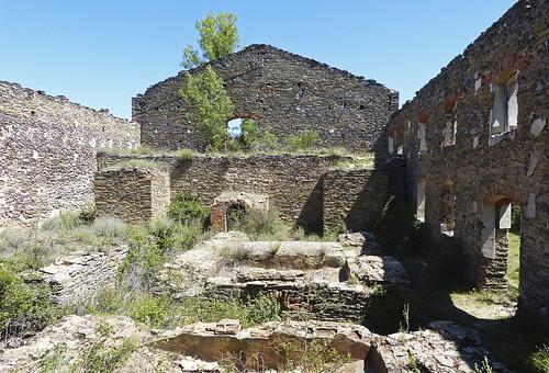 Restos de instalaciones mineras. Mina Santa Teresa. Hiendelaencina (Guadalajara)