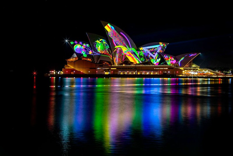 VividSydney2018_Sydney%20Opera%20House_Lighting%20of%20the%20Sails%20Metamathemagical_CREDITDestinationNSW_DB_19_preview.jpeg