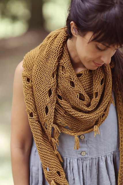 Joji Locatelli's Hipster Shawl