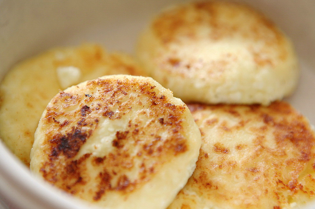 Russian cheese pancakes