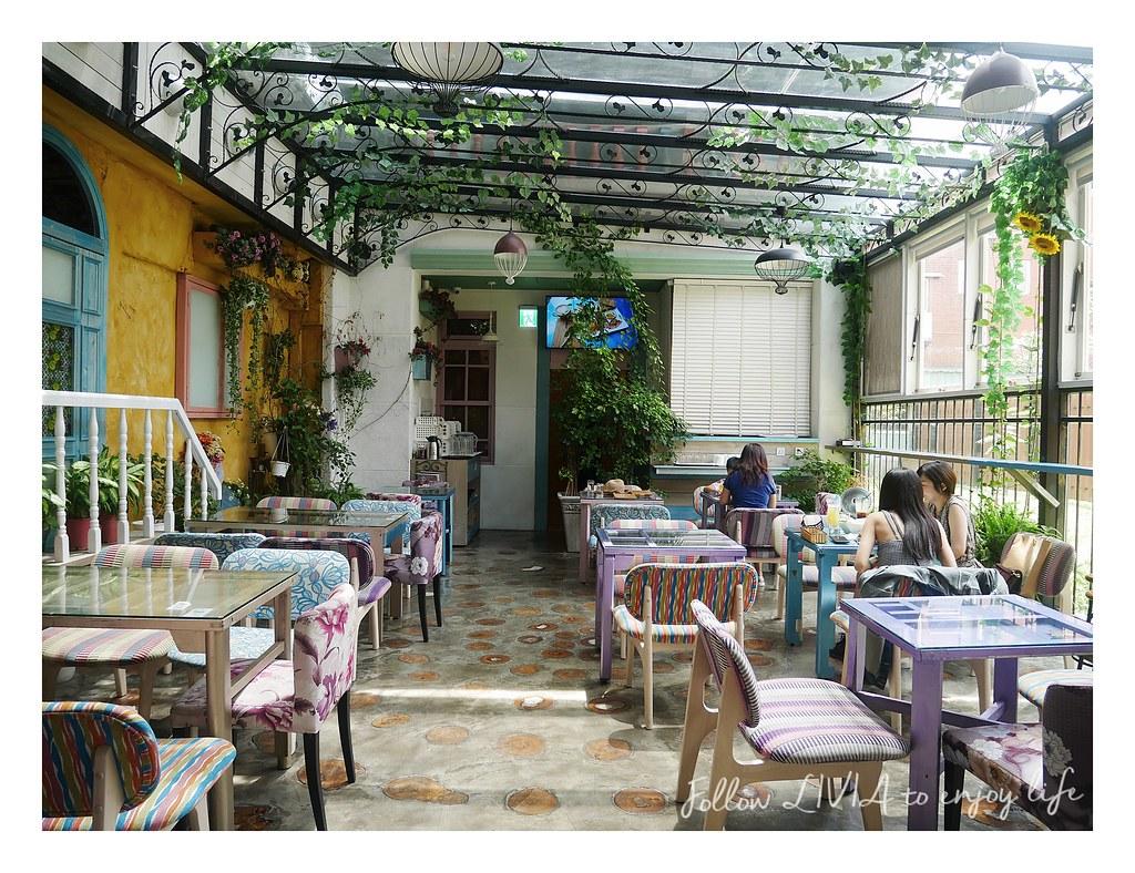 D.G Cafe (1)