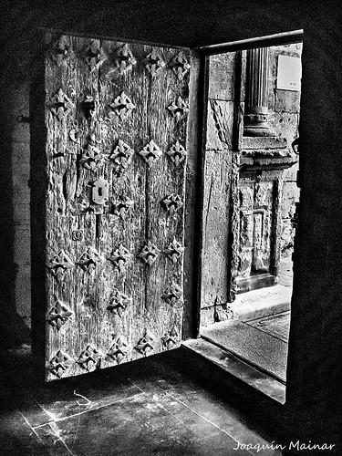 Puerta Iglesia de Ibdes