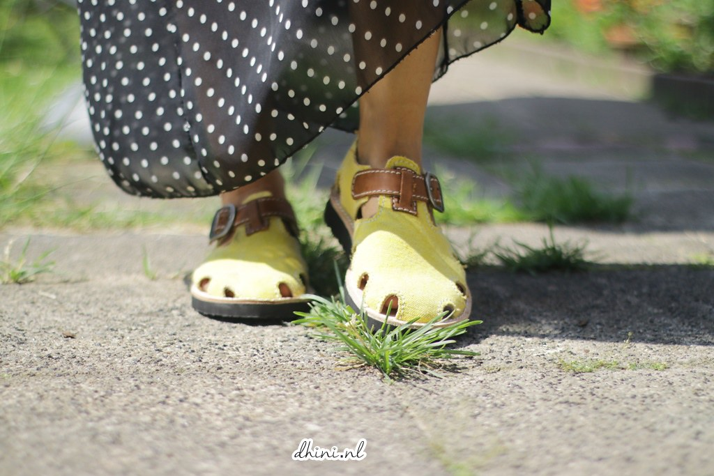 Hol*sh!t shoes BANANA mania sandals
