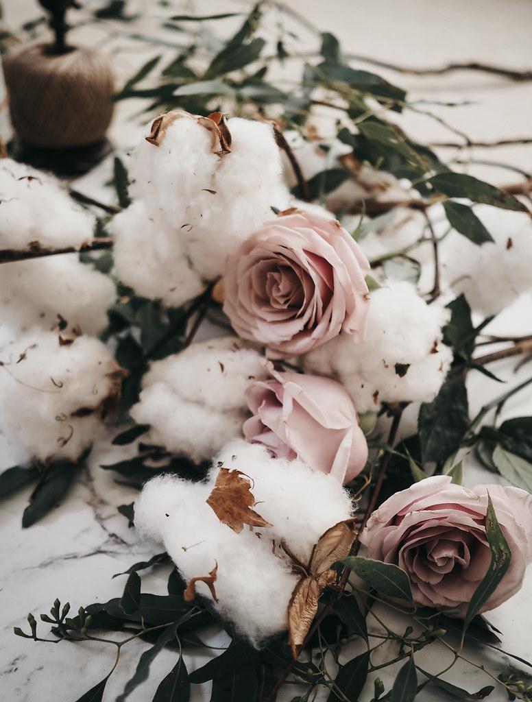 roses-cotton-eucalyptus-bouquet-winter-2
