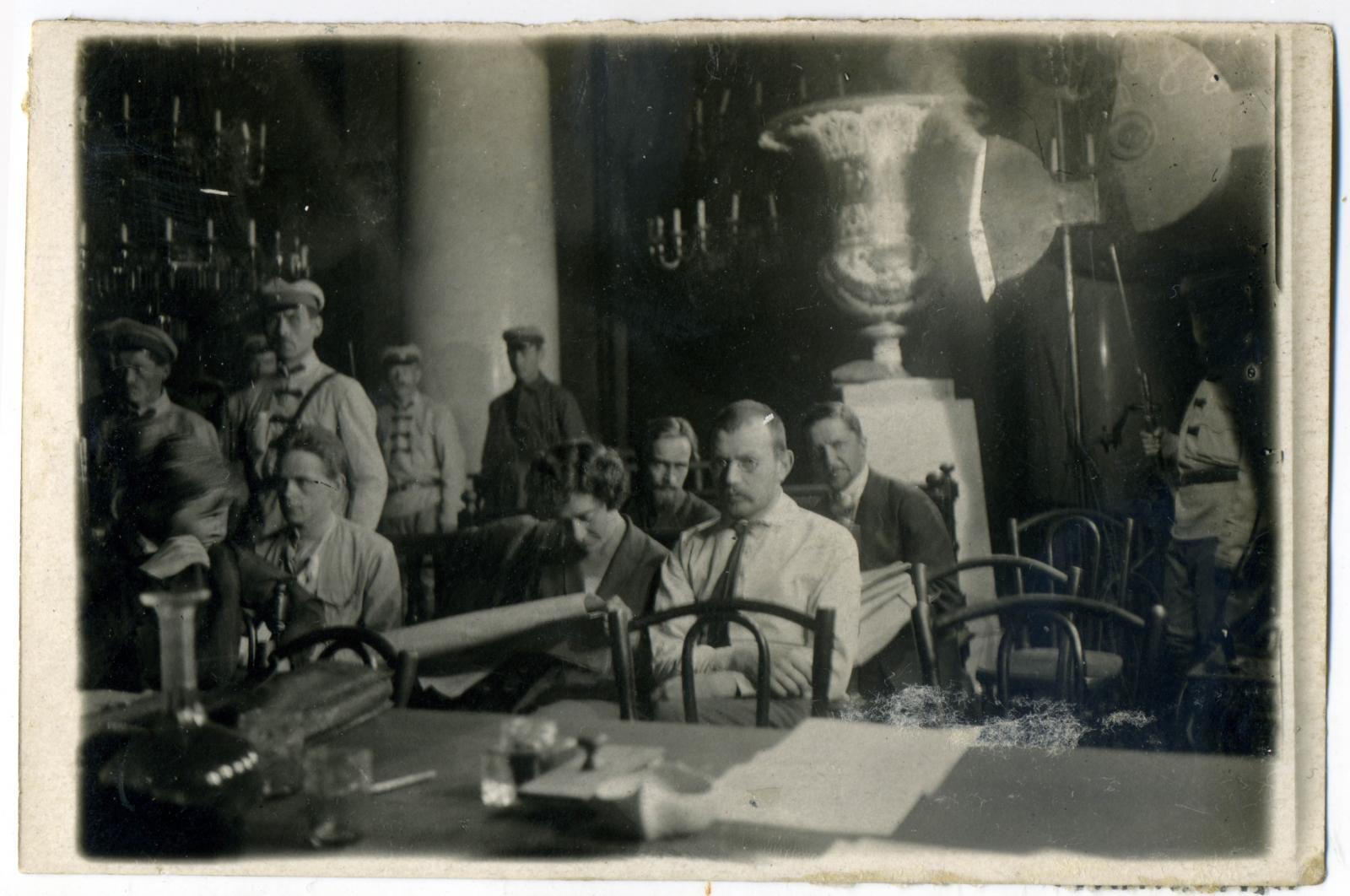 07. Подсудимые 2-й группы - порвавшие с партией эсеров