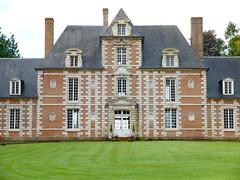 Vauchelles-lès-Domart : Château (XVIIème) - façade Nord (partie centrale)