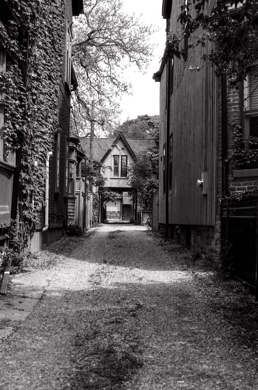 Home in a Cabbagetown Alley