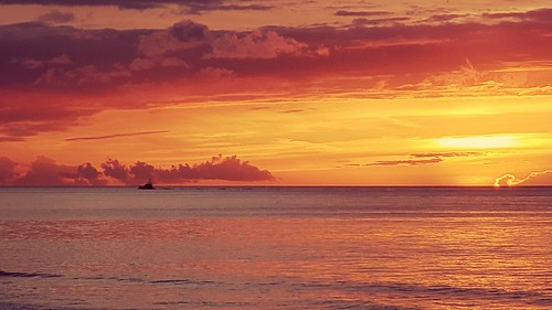 bahamas sunset lovebeach ocean sea clouds