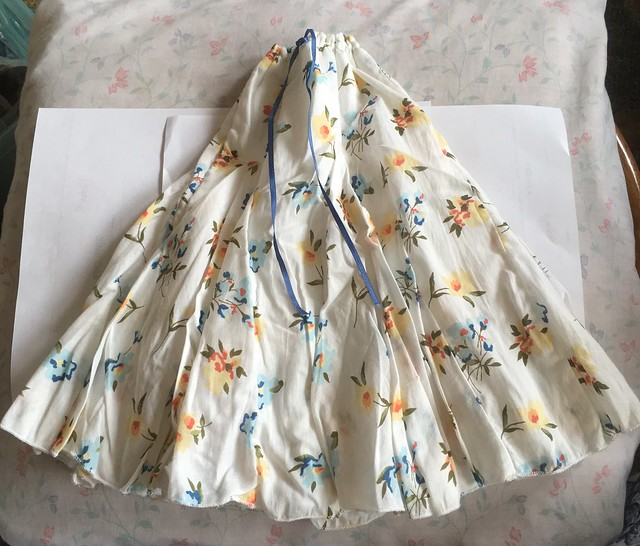 flowered skirt with  soft underskirt SD girl 18