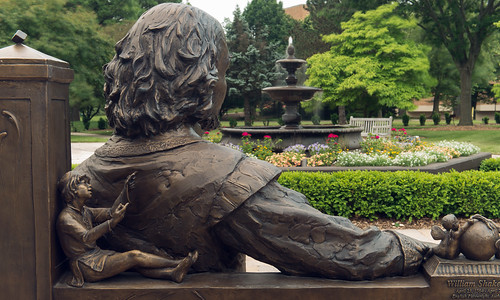 UIS Feature: Relaxing in the Shakespeare Garden