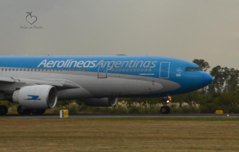 Aerolíneas Argentinas  - A330-200