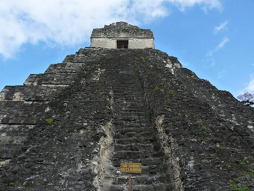 Tikal: Mayské pyramidy a džungle, kam až oko dohlédne (2. díl)