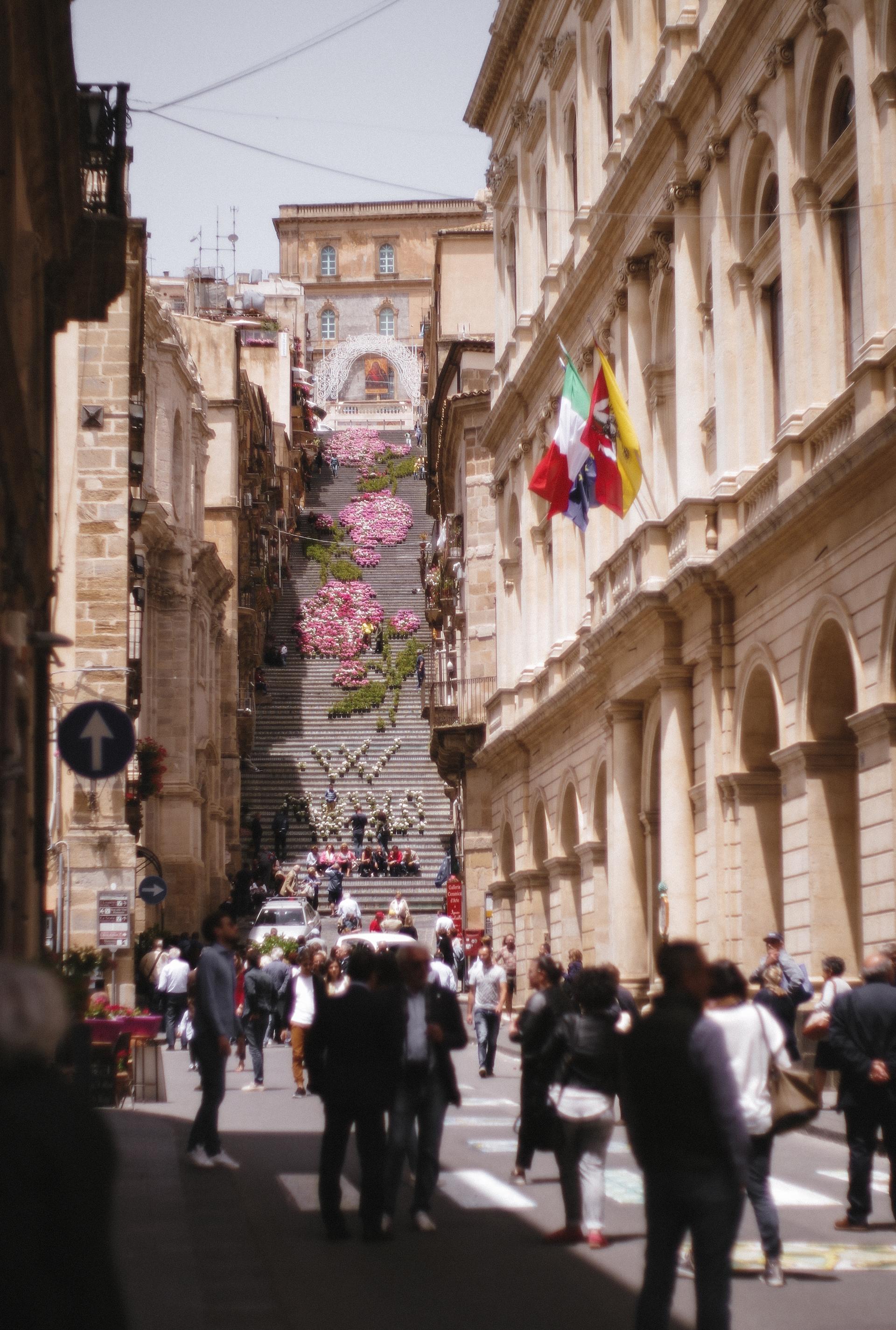 SICILY - Caltagirone